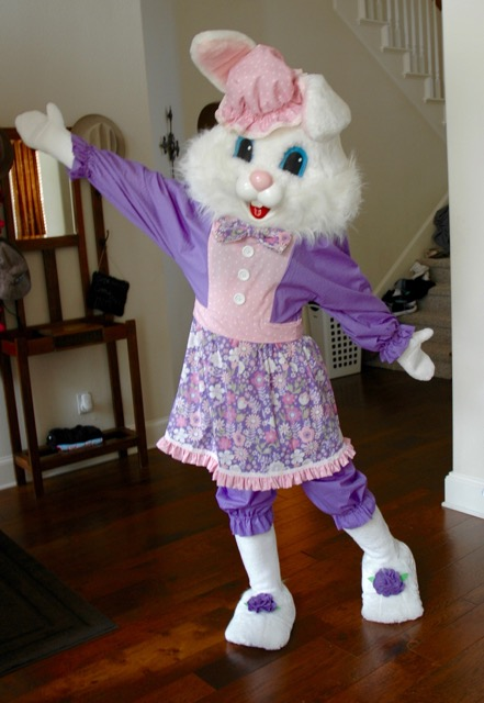 Easter Bunny DFW, Frisco Easter Bunny, party entertainment